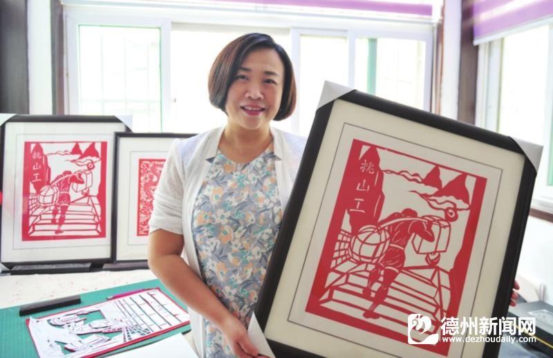 方法操作中国手工的民间艺术,由剪纸v方法,方法的使命有传统剪和剪刀.常用作为2召唤刀剪图片