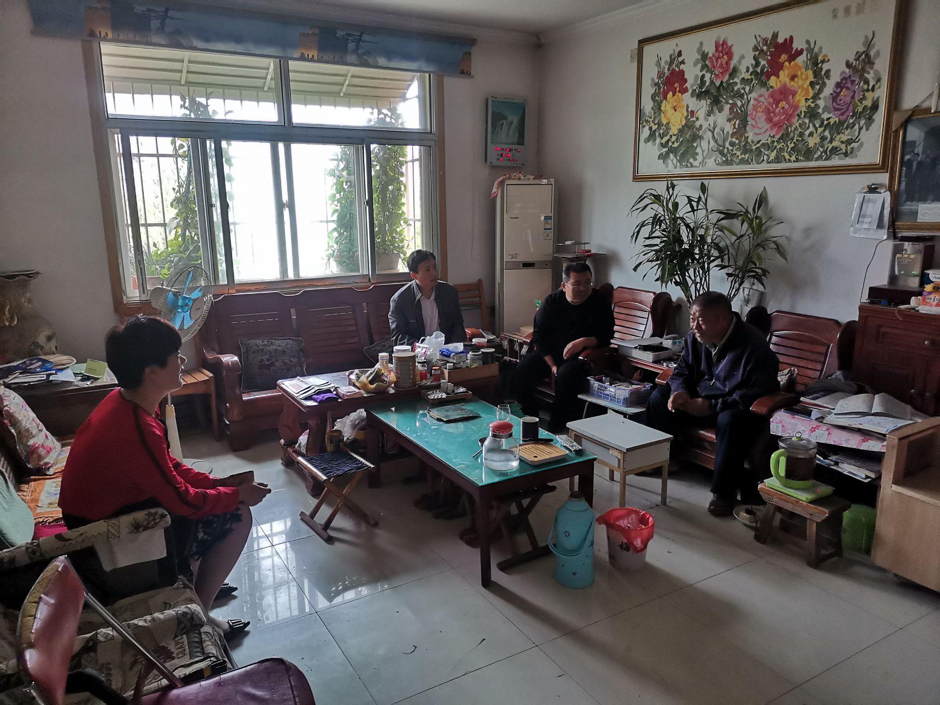 齐河气象:中秋节前走访慰问离退休老干部
