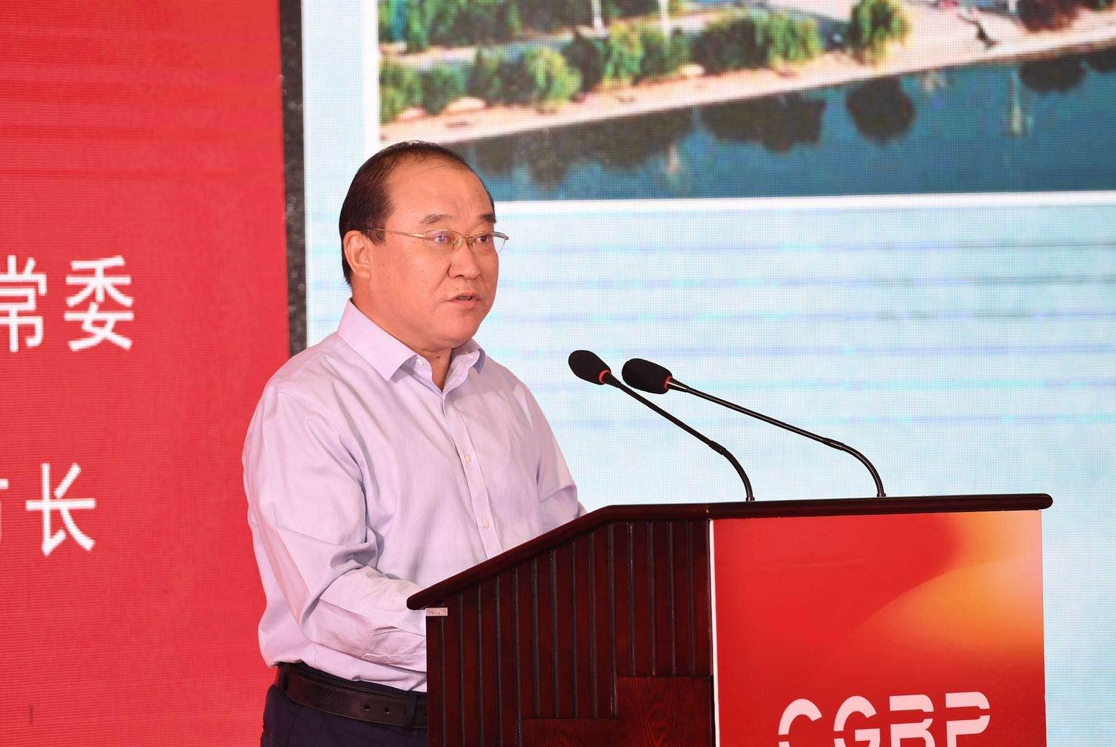 市委常委、常务副市长刘长民推介我市重点产业
